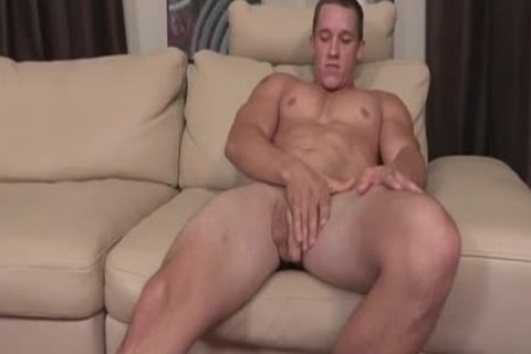 Muscle Brothers Surprise ass