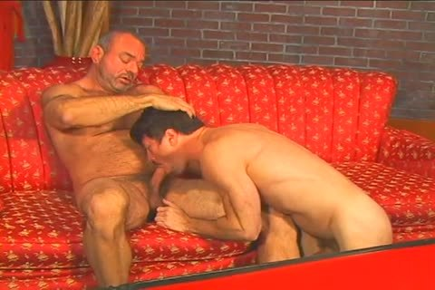 delicious homosexual stud Muscle Mike bonks Patrick Ives