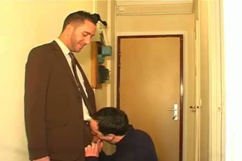 Full clip scene: A blameless Neighbour Serviced His big dick By A twink!