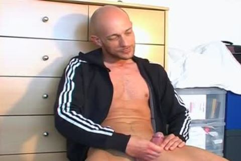 Full video: A nice innocent Gym guy Serviced His large ramrod By Us.