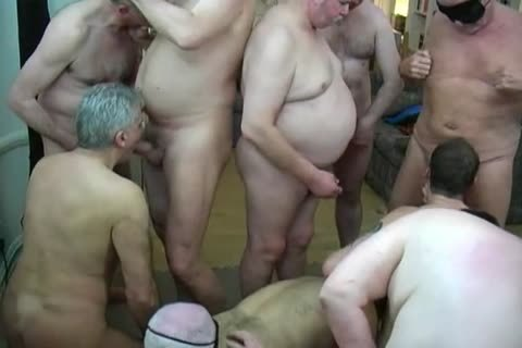 Daddies group Party