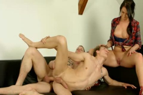 dirty man Riding rod In threesome