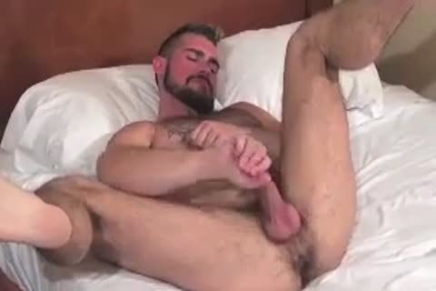 massive Bear Daddy Breeds horny arse nail horny hole In Some admirable Barebacking Session
