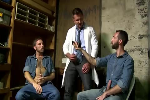 two Fit old studs Greek Gods In Rehab Doing The enchanting Doctor After Therapy
