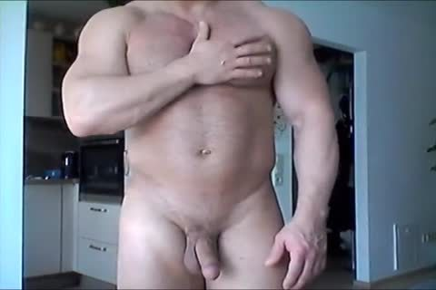 Beefymuscle.com - biggest Russian Cums A Lot
