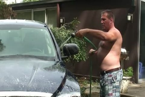 Daddy Jerks Off while Washing Truck