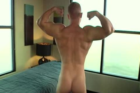 Muscle homosexual oral pleasure stimulation And Massage