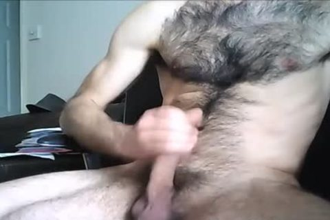 hairy Hung stud discharges A large Load