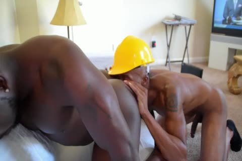 The Cable boy Came Over And drilled My enormous pooper