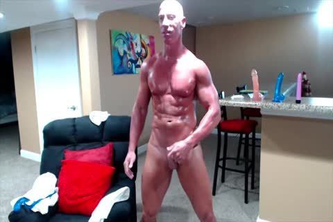 Tanned Muscle dad On cam