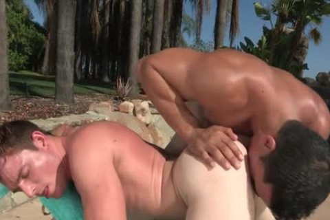 sleazy Outdoor Action By The Pool