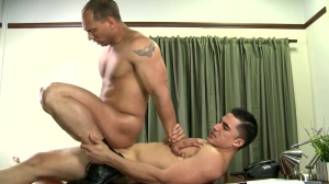 Paying The Debt - John Magnum and Topher Di Maggio pooper sex