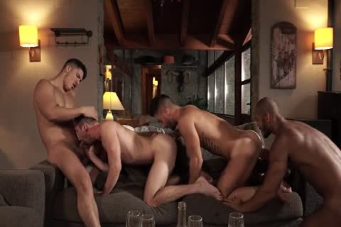 booty-Splitting Foursome