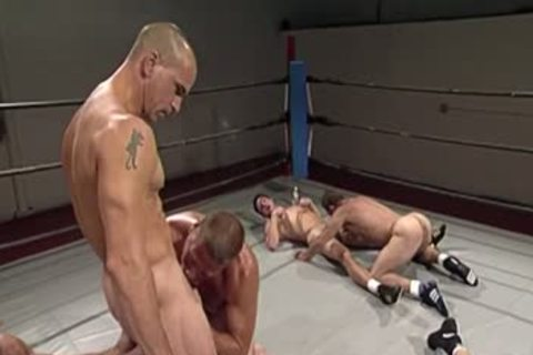 Wrestling Match Turns Into orgy
