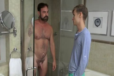 chap bonks twink nude In The Shower And In bed