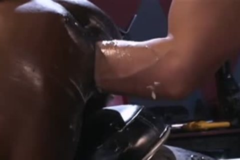 Fisting The pooper Of A lustful darksome lad