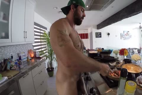 Xavier Cooking nude