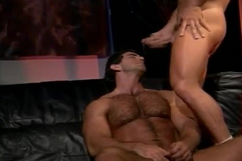 Vintage Muscle pounding