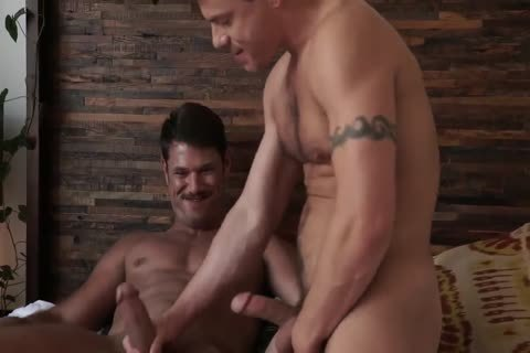Jesse Santana pounds His ally Tyler Roberts in nature's garb