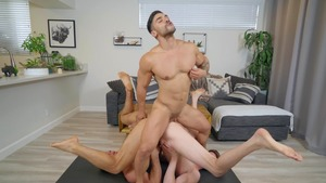 power Yoga - Arad Winwin, Jack Hunter American Sex