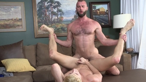 FamilyDick.com - Hairy Taylor Reign wishes for rough nailing