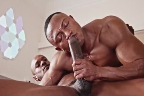 Two Blacks Have A Great plow With Creampie