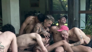 Latin Leche - Curly hair plowed by uncut cock guy at the party