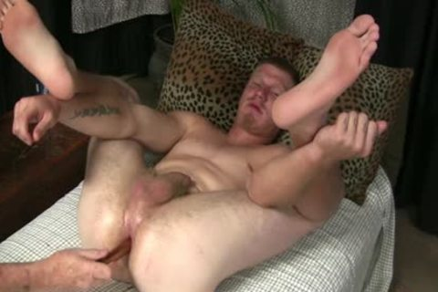 STREET twink'S booty TAKES EVERTYTHING!!! Not Quite FISTED!!