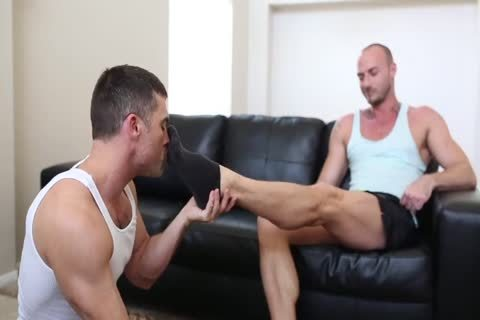 lusty FOOTJOB & sperm