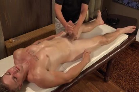 WH-twink Massage - No nailing