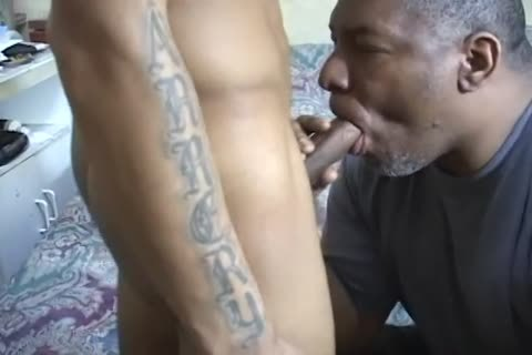 str8 Thug gets A oral