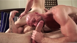 IconMale.com: Sergeant Miles finds pleasure in raw fucking