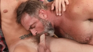 IconMale.com: Plowing hard with Danny Gunn & Kristofer Weston