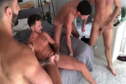 JFF - unprotected HOMEMADE gangbang PART 2