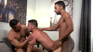 ExtraBigDicks.com - Couple Cesar Rossi and Seth Santoro anal