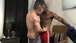 MenOver30 - Muscle huge dick Aaron Trainer masturbating