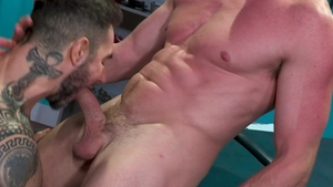 HotHouse - Jock Dean Monroe impressed by Pierce Paris