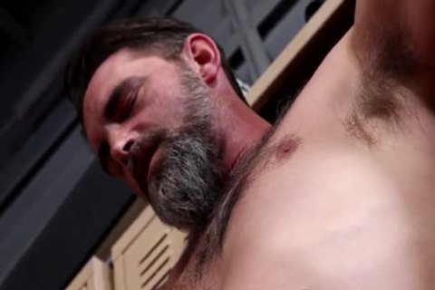 A Daddy In The Lockerroom