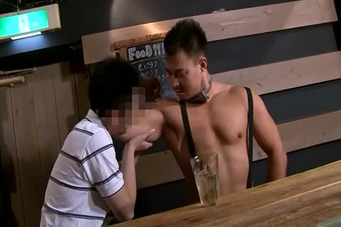 kinky Bar Tender Sex