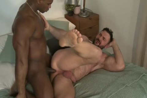 Interracial Muscle fucking